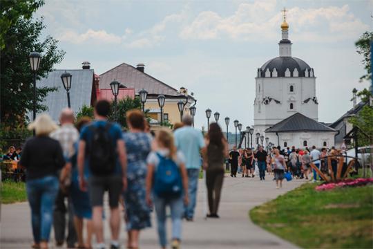 Начинает расширяться поток посетителей ктуристическим меккам Татарстана— Свияжску иБолгарам