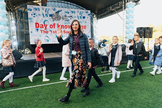 Кейла Уэбэр:«Как программа основного обучения IB, так икружков построены таким образом, чтобы дети чувствовали себя влучшем месте наЗемле. Яочень скучала повозможности видеть ихкаждый день»