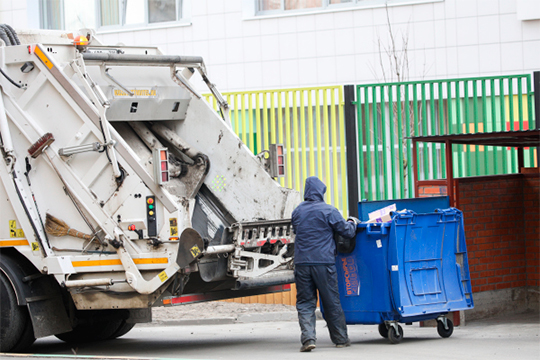 Первая жалоба бизнеса сразу же коснулась одной из животрепещущих тем — платы за вывоз ТКО при отсутствии мусора