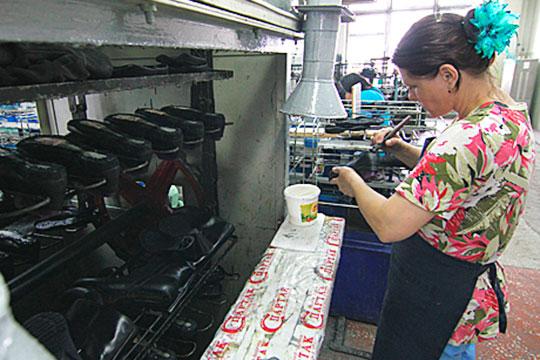 Фабричный бренд широко узнаваем в России, особенно в Поволжье. Ведь обувная фабрика «Спартак» — одно из старейших предприятий легкой промышленности Казани.