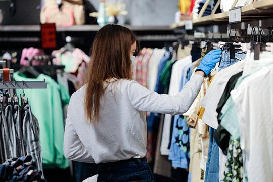 «Спад продаж по одежде в России где-то 90%»