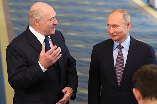 «В 2013 году можно было сказать: Россия недостаточно сильна, чтобы победить в битве за Украину, но она и недостаточно слаба, чтобы проиграть ее. В какой-то степени — это применимо и к Белоруссии»