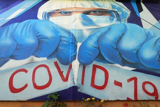 Официально в Челнах от коронавируса умерло всего трое за все время пандемии, а в больницах прямо сейчас — лишь полсотни инфицированных