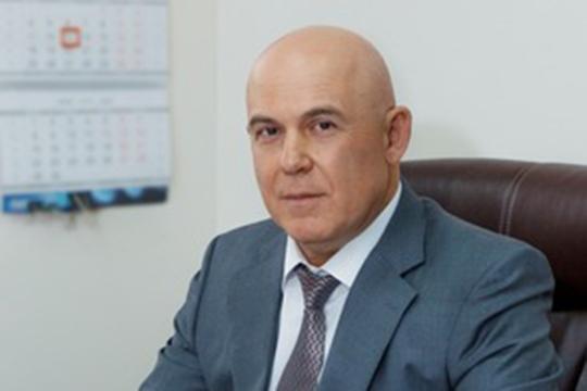 Гендиректор компании с 2018 года — москвич Леонид Иванов, вся биография которого связана с аудиторской деятельностью