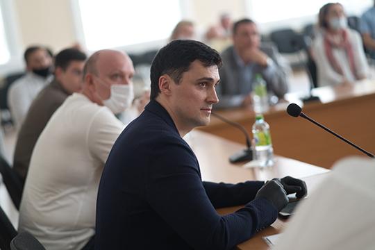 Александр Коротенко: «В текущей сложной экономической ситуации вряд ли получится заполнить все пустые площади долгосрочными арендаторами»