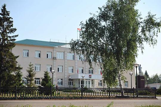 Отом, что ряд работниковадминистрации Черемшанского района также находятся накарантине вожидании анализов, нам рассказали сами сотрудники