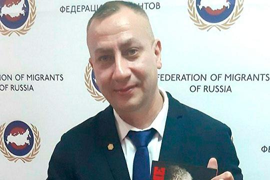 Ренат Ходжаев: «Все, кто там стоят [в очереди] — стоят по незнанию, абсолютно все!»