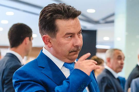 Марат Садыков: «2020 год отличает, во-первых, масштабность и быстрота распространения коронавируса, во-вторых, отсутствие опыта [в лечении инфекции], в-третьих, отсутствие эпидемиологических данных»