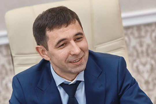 Айрат Валиев:«Наши выпускники— это президенты Татарстана, мэры иглавы районов, министры идиректора крупнейших агрохолдингов, известные бизнесмены ируководители сельскохозяйственных предприятий»