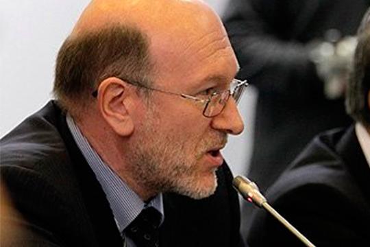 Экс-руководитель администрации президента РФ Александр Волошин может вернуться в публичную политику