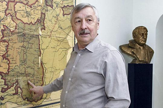 теперь уже бывший директор Института истории им. Ш. Марджани Рафаэль Хакимов довольствовался зарплатой всего в 67,4 тыс. рублей в месяц, его доход за год составил чуть более 800 тысяч