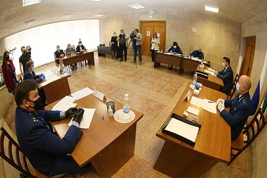 Зарипов, впонедельник был навстрече сминистром здравоохранения республикиМаратом Садыковым