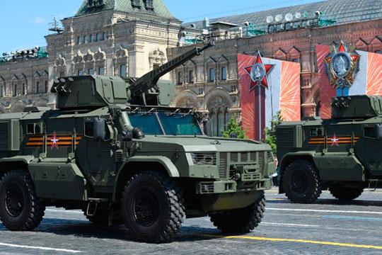 Премьерой парада Победы сегодня стал челнинский бронеавтомобиль «Тайфун-ВДВ», разработанный для Воздушно-десантных войск «КАМАЗом»