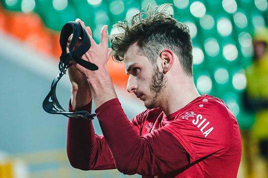 Хвича Кварацхелия начинал карьеру вГрузии, авРоссию перебрался сподачи «Локомотива», нолетом 2019 года оноказался в«Рубине»
