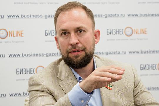 Альмир Михеев: «Детям надо давать то, что невозможно отнять— знания, уверенность иморальные ориентиры. Неденьги, деньги вторичны»