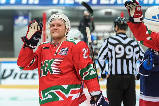 Сергеев никогда не играл за сборную России даже на этап Евротура, а в плей-офф КХЛ его команды ни разу не проходили дальше первого раунда, и победа на МЧМ-2011 остается его главным достижением в карьере