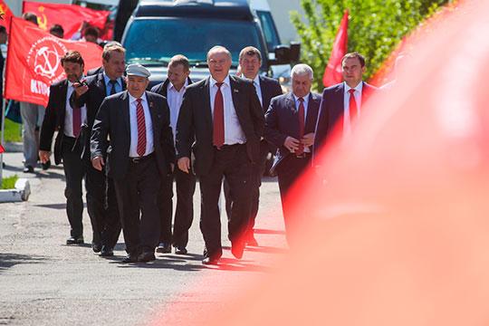 Партия КПРФ на этой неделе объявила, что не будет участвовать в выборах президента РТ, чем наверняка огорчила власти республики