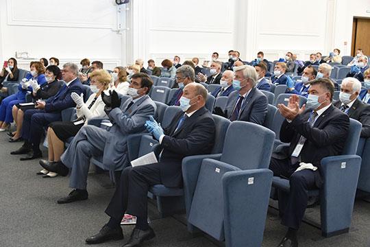 «Слаженная работа команды Татарстана, команды президента Татарстана», — вот что, по мнению Фарида Хайрулловича, должно обеспечить и дальнейшее процветание республики