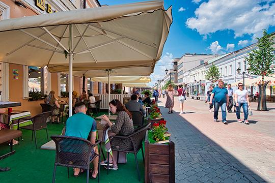 Сегодня мэр Казани вновь обратился к казанцам с просьбой соблюдать меры предосторожности из-за пандемии коронавируса, несмотря на послабления