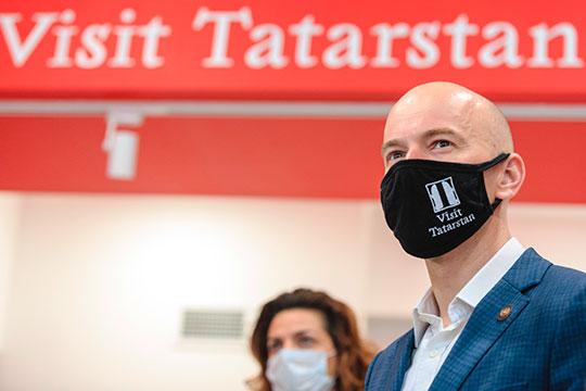 Как заверил Сергей Иванов, ни одна компания сферы гостеприимства не закрылась
