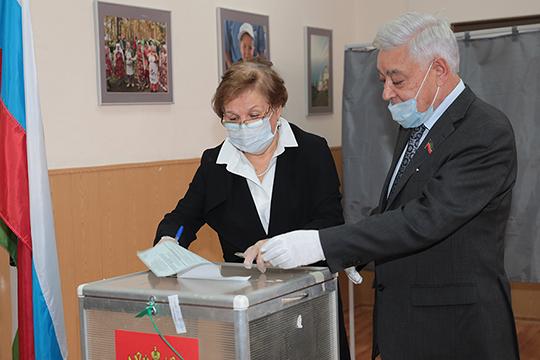 Фарид Мухаметшин: «Меня не удивляет, что явка была высокой и по Татарстану, и по России. Небезразличных людей было очень много»