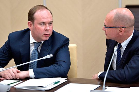 Антон Вайно (слева) и Сергей Кириенко (справа) в условиях сложной эпидемиологической ситуации сумели успешно провести кампанию и выстроить вокруг президента новую широкую коалицию