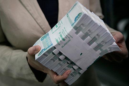 40% регионов уже имеют дефицит бюджета — на общую сумму 245 млрд рублей. Пока основной дефицит сконцентрирован в богатых регионах, которые могут себе позволить «роскошь» быть дефицитными