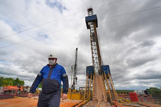 Основной налог при формировании бюджета РТ, это налог на прибыль, а в нем доля нефтегазового сектора доходит до половины