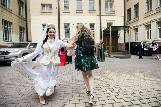 По случаю 100-летия ТАССР в этом году праздник плуга должен был, и не только в Казани, пройти с небывалым размахом, но в эти планы вмешался COVID-19