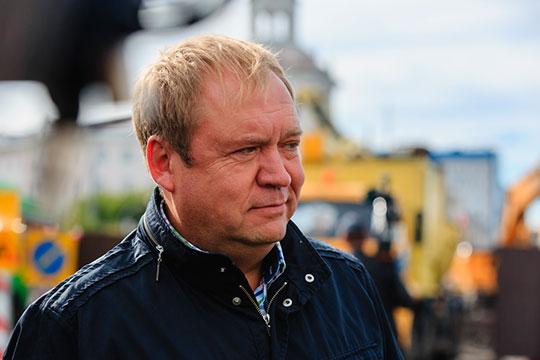 В депутатской декларации директора МУП «Водоканал» Андрея Егорова говорится о том, что его годовой доход составил почти 2,6 млн рублей