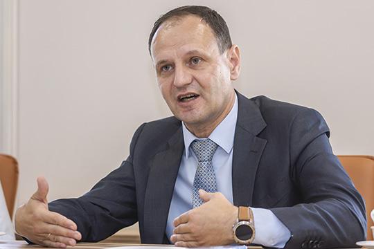 Олег Афанасьев:«Унас около 100 комплектующих изКитая при общем объеме закупок свыше 1000 наименований»