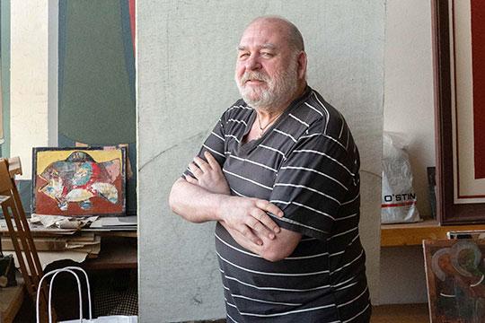 71-летний Евгений Голубцов один из самых известных из ныне живущих художников Казани
