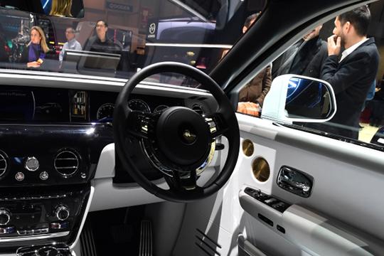 В России «мажорики» суммарно прибавили за последний год 4,4% или 124,5 тыс. до 2 млн 979 тыс. авто