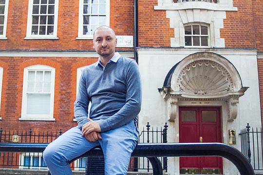 Артем Крамин – основатель сети квестов «Выйти из комнаты»