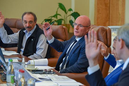 Вкабмине РТ прошло заседание набсовета Университета Иннополис. Университет намерен получить статус единого учебно-методологического центра поподготовке кадров для цифровой экономики