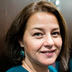Лилиана Сафина — руководитель языковой школы «Умарта», автор иведущая программы «Говорим по-татарски» нарадиостанции «Эхо Москвы»: