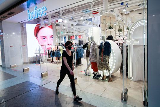 Предусмотрено открытие торговых центров, за исключением детских игровых комнат, зоны фудкортов и кинотеатров