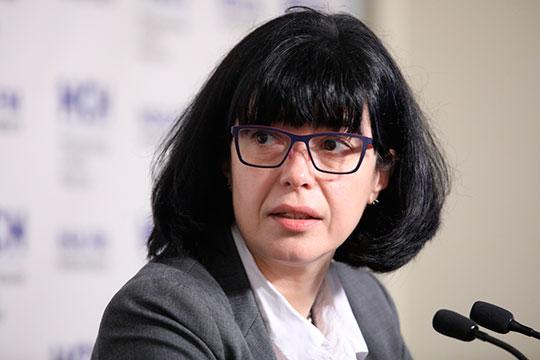 Майя Ломидзерассказала, что сегодня-завтра должно быть принято решение осписке стран, скоторыми Россия откроет авиасообщение. Его сформирует минтранс наоснове рекомендаций Роспотребнадзора