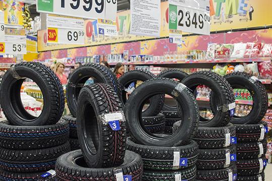 Поступления отпродаж шин навнутреннем рынке выросли на56% до6,7 млрд, слегка недобравшись дорекорда 6,8млрд рублей впервым кварталом 2017-го