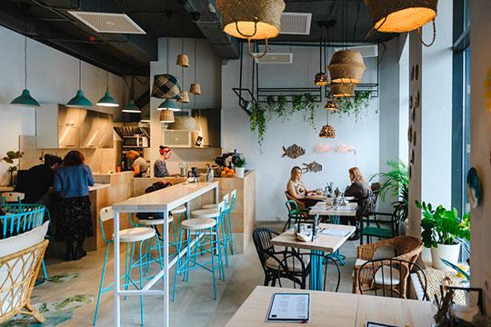 К концу мая закрылось веганское кафе Holy Bali на ул. Пушкина. Оно работало с марта прошлого года