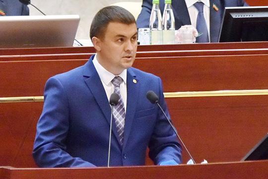Фаяз Шакиров напомнил, что с 2020 года вступил в силу федеральный закон, по которому все административные штрафы в области охраны окружающей среды начисляются в бюджет республики