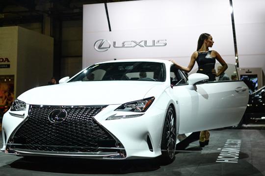 Особо подчеркнем, что машины Lexus— самые молодые среди лидеров люксового сегмента. Скажем, вРТчаще всего встречаются авто с2016, 2017 и2018 годами выпуска