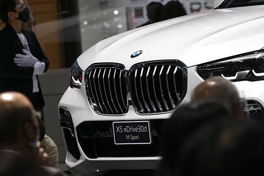 Второе место попопулярности втатарстанских рядах BMW занимает кроссовер Х5 срезультатом 2638 единиц идолей 18,2% вобщем зачете марки