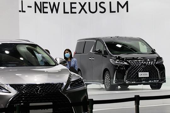 Россияне солидарно отдали Lexus тоже четвертое место с296,4тыс. голосов