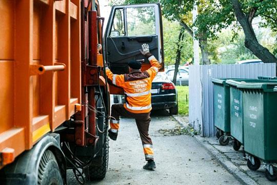 Мусорная реформа проходит повсему Татарстану, однако обращает насебя внимание ситуация именно ввосточной части республики, где регоператором стала «Гринта». Компания подверглась критике как местных властей, так ибизнеса