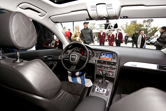Без малого 1,5 тысячи «голосов» ибронзу модельного ряда получила А6, накоторую приходится 14,4% отвсего парка Audi вреспублике. Загод рейтинг модели снизился на1%, запять лет— вырос наодну пятую