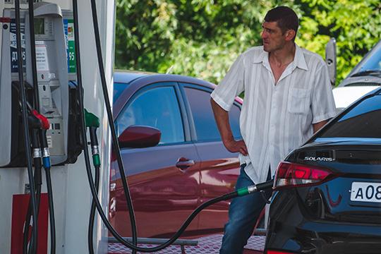 Сегодня инфляция находится науровне порядка 3%, арост цен набензин— куда меньший. Поофициальным данным, в2020 году рост розничных цена наАИ-92 составил 0,7%, АИ-95— 1,1%, ДТ— 0,5%