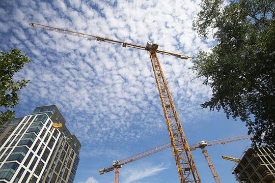 К2025 годувТатарстане должны вводить 3,6млн кв. мжилья ежегодно. Такие обязательства республика приняла насебя послетого, как встране взяли курс наувеличение объемов строительства с70-80 до120млн кв. метров