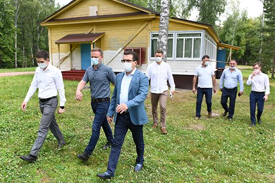 На минувшей неделе Ильсур Метшин осмотрел спортивно-оздоровительный лагерь «Молодая гвардия», построенный еще в 1932 году