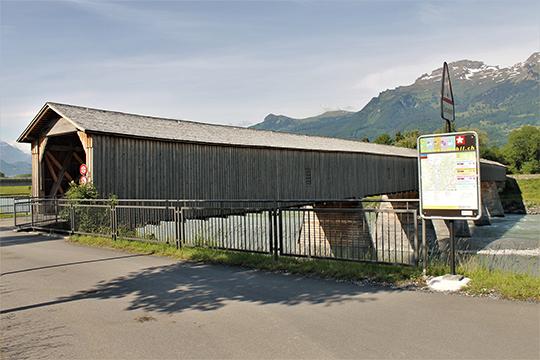 Старый Рейнский мост – последний изсохранившихся деревянных мостов в альпийской части Рейна